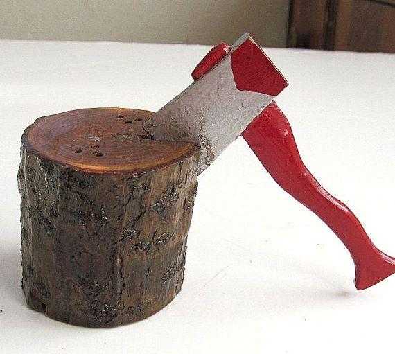 Vintage Unique Salt Pepper Shaker Set Axe And Wood Stump