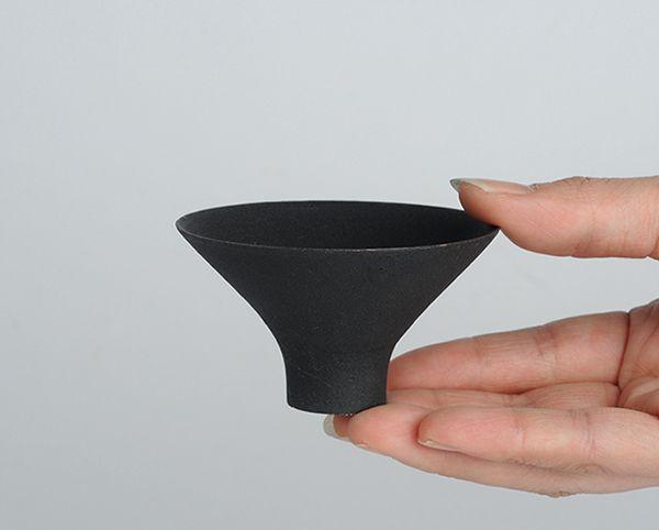 Ceramic Sake Cup by Takashi Endo | Analogue Life