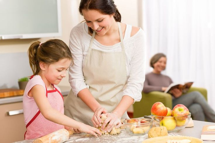 Besides whipping up meals, the kitchen can also be a place where fun, science and art meet! Here are food-worthy activities for you and your child to bond over. #fooddye #funandcreative