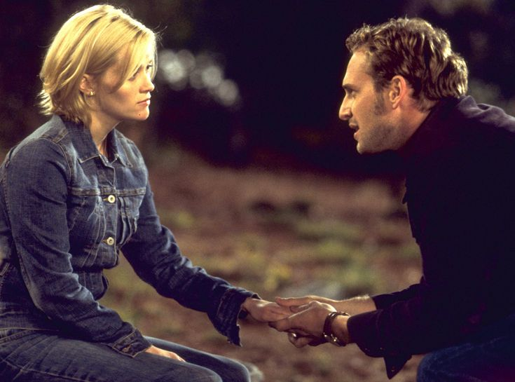 Melanie and Jake, Sweet Home Alabama from The 59 Best Movie Couples of All Time  A poor small-town girl turned big-city fashion designer tries to forget where she came from—and who she was married to!