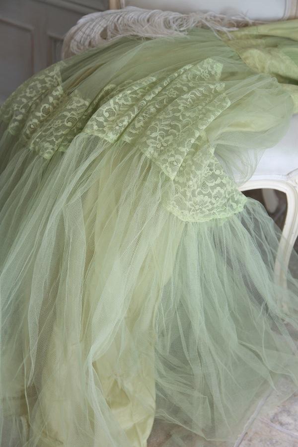 Stunning Mermaid Vintage Prom Dress...Sea Green Tulle