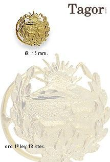 Insignia de Carrera de oro de 1ª Ley (18 Kilates) de Veterinaria. Diámetro de 15 milímetros de diámetro. Firma de joyería Tagor.