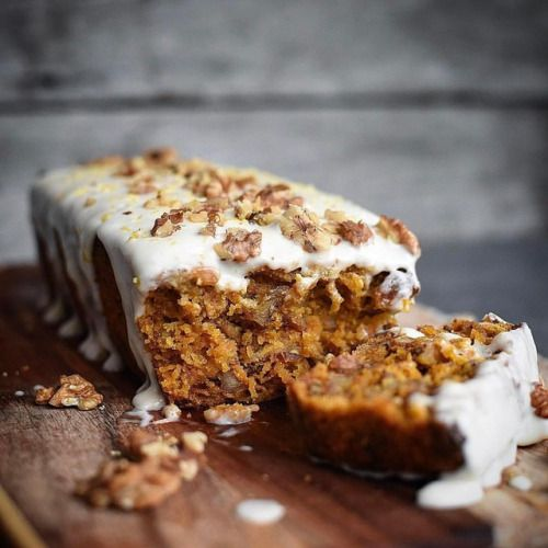 Carrot Cake by @rawspirations 💛  Recipe:  Ingredients:  300g carrots, peeled and grated on a box grater  200g walnuts roughly chopped  2 eggs (I used orgran egg replacer)  1 cup xylitol birch or your preferred natural sweetener  ¾ cup macadamia oil  1 tsp...