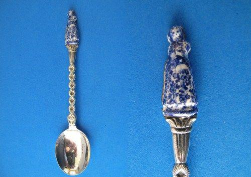 Blue Delft Pottery Dutch Woman Souvenir Collector Spoon Collectible