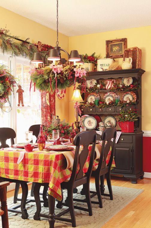 Breakfast Room decorated for Christmas with a Gingerbread Man theme.  gritsglamour.blog...