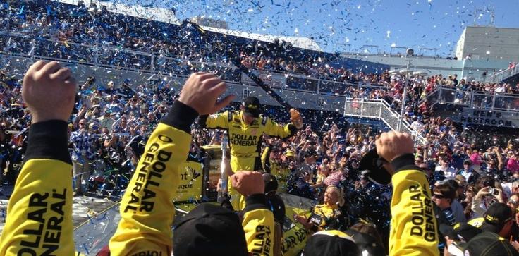 Matt Kenseth Win's NASCAR Sprint Cup Kobalt 500 at Las Vegas! #NASCAR #DGracing