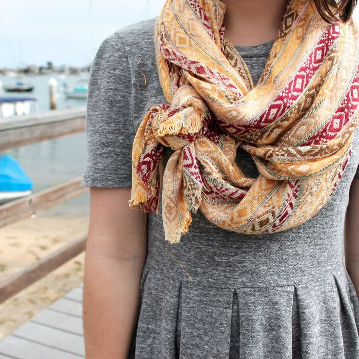The Caffeinated Closet---love this scarf.