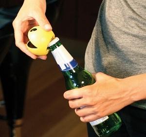 Abridor de botellas, Pac Man