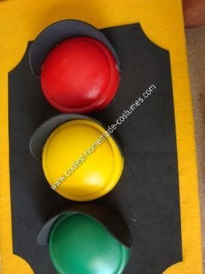 Homemade Traffic Light Kids Halloween Costume Idea