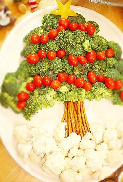 Great Christmas idea!   vegetable tree with dip, bell pepper garland, and cheese animal ornaments.