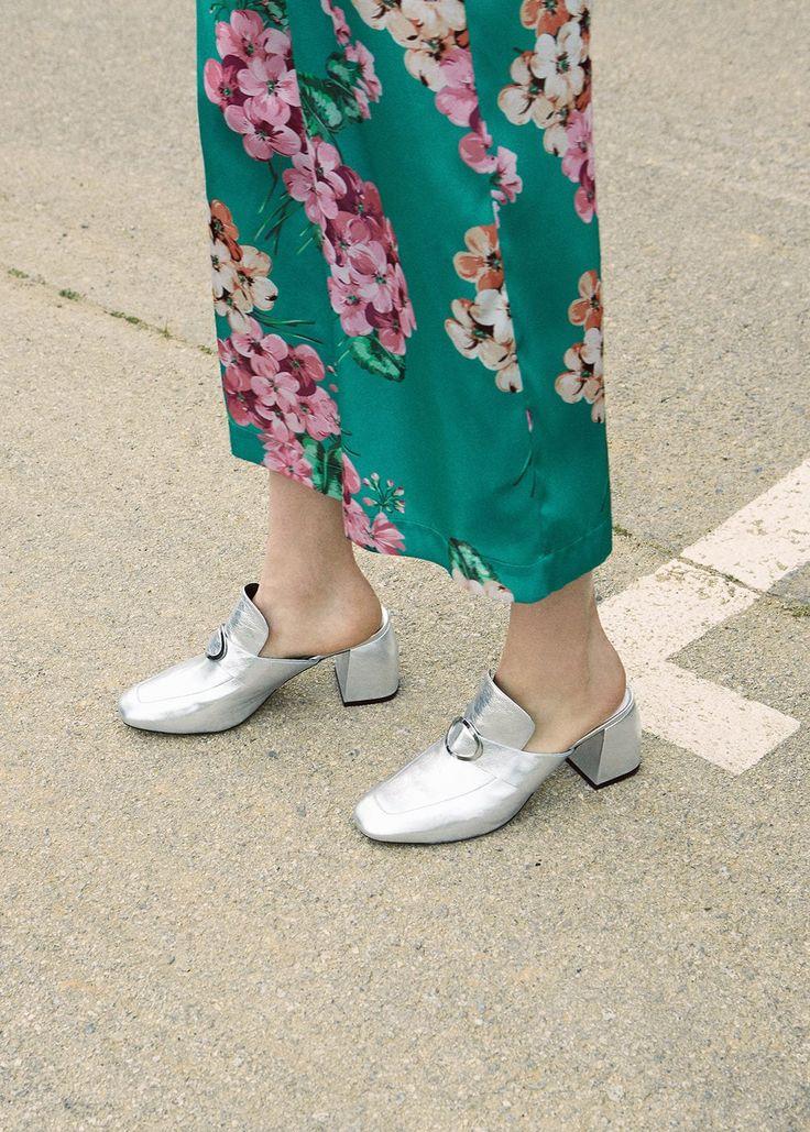 Ce pantofi cu toc se poarta: 5 modele pentru petrecerile in aer liber de vara asta