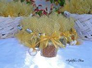 Μπομπονιέρα -βαζάκι 40ml με χρυσό (ή ασημί) δίχτυ και κορδέλα οργαντίνα, με παραδοσιακό, αγνό και απαλό γλυκό του κουταλιού ''Agkatha's Home...