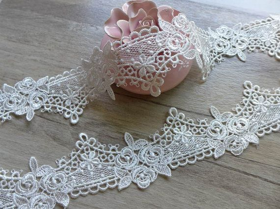 White victorian lace trim, fancy roses flower lace, bridal garters lace headband bracelets trim fabric    This listing is for 2 yards. Width: 1.89