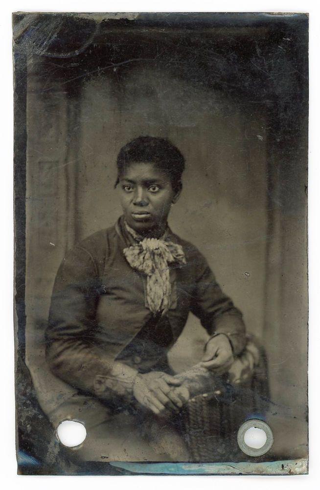 BLACK AFRICAN AMERICAN WOMAN INTENSE CLOSEUP GAZE BIG BOW TINTYPE