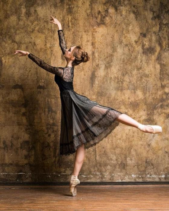 <<Anastasia Senikova (Bolshoi Ballet Academy) # Photo © Daria Chenikova>>