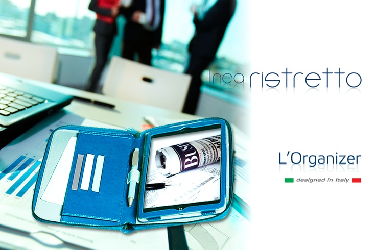 Organizer è l'innovativa custodia che ripropone in chiave tecnologica tutte le caratteristiche funzionali dell'agenda classica, indispensabile strumento per organizzare lavoro e tempo libero. Organizer completa la Linea Ristretto della Caffé Collection.