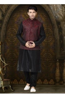 Show your ethnic look to impress all wearing this black art dupion kurta payjama for men #kurtapyjama #mensfashion #ethnickurta #menstyle