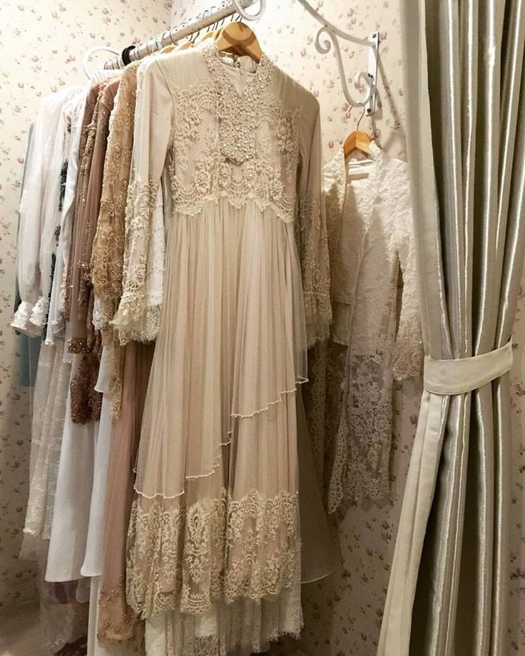 #weddingdress #costumize for our lovely costumers. More info please contact us +6281221114451 by whatsapp or Line to Airaweddinghijab.