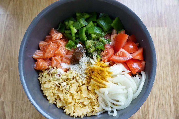 Un petit côté asiatique avec ces pâtes saumon et lait de coco.© ecooktime.blogspot.ch