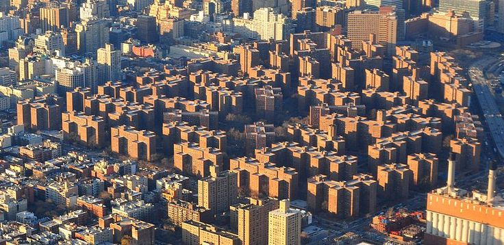 Stuyvesant Town, Peter Cooper Village, An aerial view of Stuyvesant Town via Wiki Commons