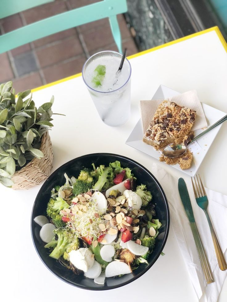 Healthy Eats Travel Guide Best Restaurants Around The World Pinterest Spring Mix Cherry Tomatoes And Vinaigrette