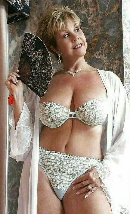 Pin By Arch On Random Photos 31  Pinterest  Sexy Older -3271