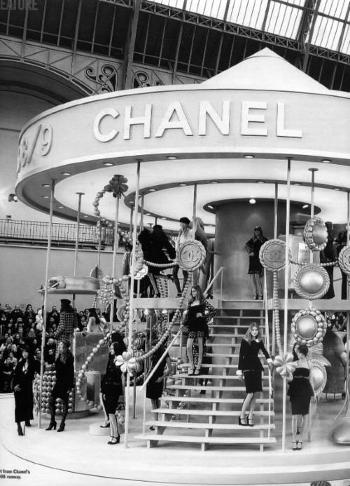 Chanel runway #runway #chanel #readytowear