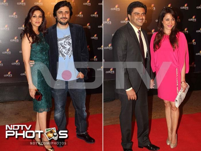 Weekend bash: Power-couples: Sonali Bendre with her husband Goldie Behl and Neelam with her better half Samir Soni.