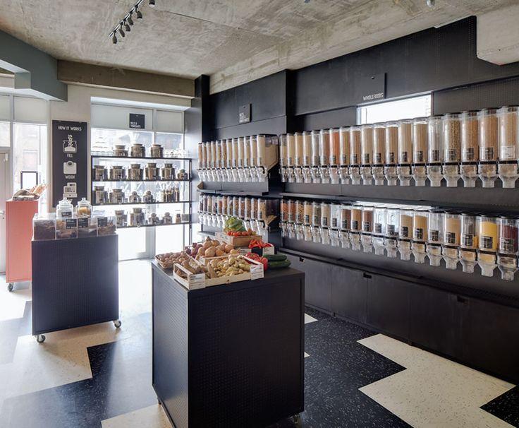 Un magasin design et color einrichtung und shops for Shop einrichtung