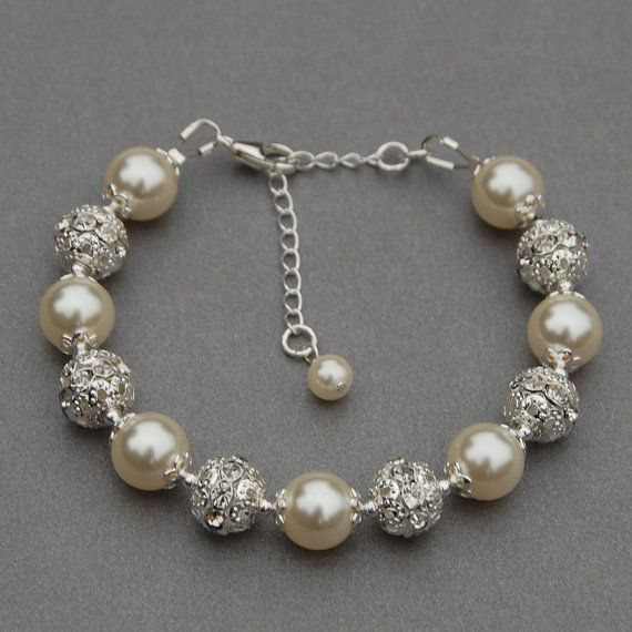 Bridal Jewelry Brides Bracelet Trending Jewelry by AMIdesigns