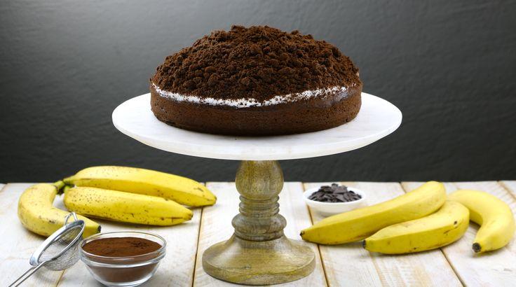 Αυτή η καταπληκτική συνταγή θα σας μαγέψει. Το σοκολατένιο εξωτερικό του με το κρεμώδες εσωτερικό συνδυάζονται εκπληκτικά και το αποτέλεσμα είναι μοναδικό. Δείτε πώς μπορείτε να το κάνετε μόνοι σας: Θα χρειαστείτε: 190γρ βούτυρο 1 κούπα ζάχαρη 4 αβγά 2 κ.γ μαγειρική σόδα 3 1/2 κούπ… Αυτή η καταπληκτική συνταγή θα σας μαγέψει. Το σοκολατένιο …