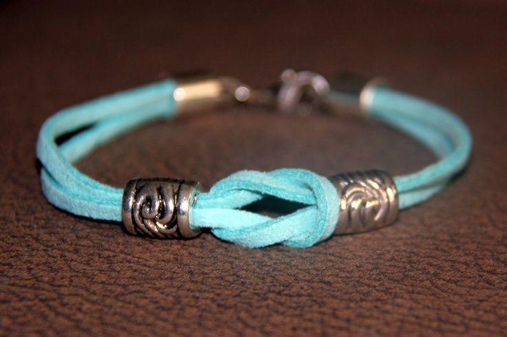 Bracelet noeud plat