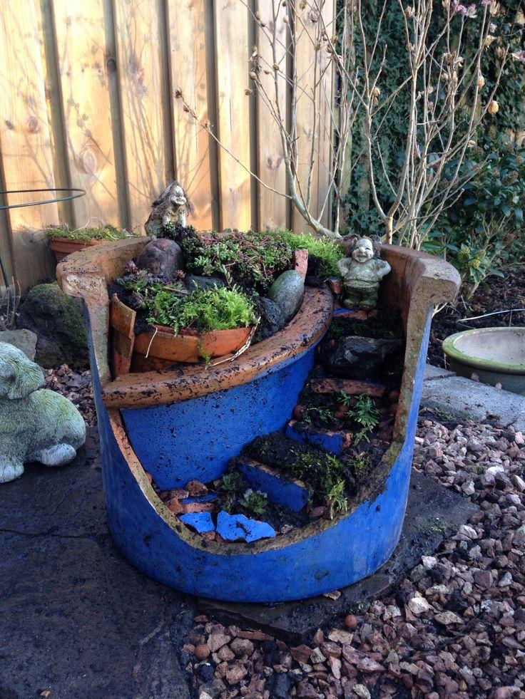 Van een kapotte bloempot kan je iets heel leuks maken creatief pinterest van and heels - Deco van de tuin ...