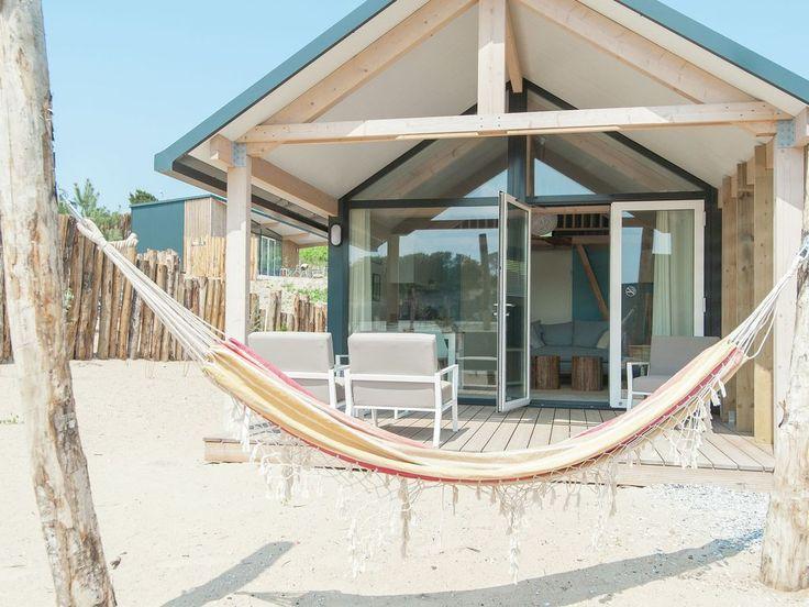 Sea Lodge met de hond in Overveen: 2 Schlafzimmer, für bis zu 4 Personen. Haustierfreundliche Sea Lodge in gemütlichem Ferienpark in der Nähe des Strandes von Bloemendaal | FeWo-direkt