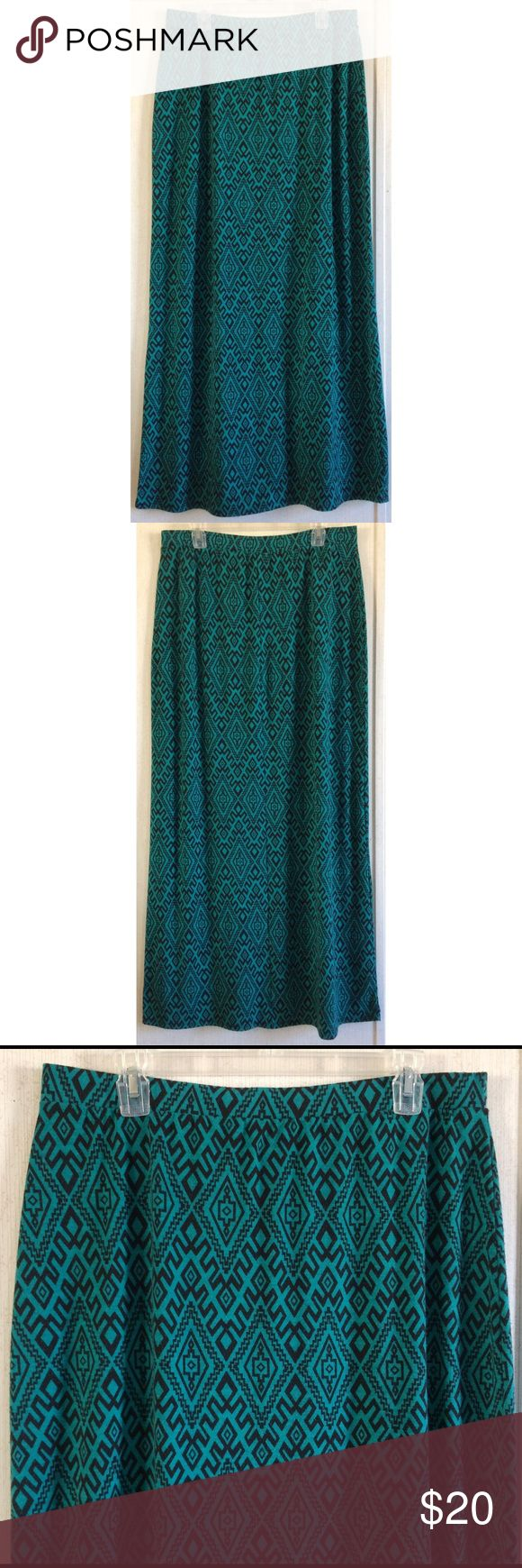 Mix & Co Turquoise Aztec Maxi Skirt Quite a bit of wash wear on the fabric. Really nice Mix & Co maxi skirt. Turquoise blue with a black tribal/aztec pattern. Soft stretchy material. Elastic band around the waist. Flares out a bit at the bottom. Size XL. May run large, waist 17 inches across. All offers welcome Mix & Co Skirts Maxi