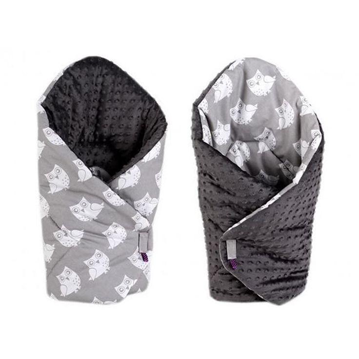 Элегантный конверт одеяло двубортный handmade Сова серый в подарок малышу на выписку. Выполнен из американского 100% гипоаллергенного хлопка, застежки – липучки, наполнитель – синтепон по сезону. Может быть использован как плед в коляску, заворачивать малыша можно с обеих сторон.Конв