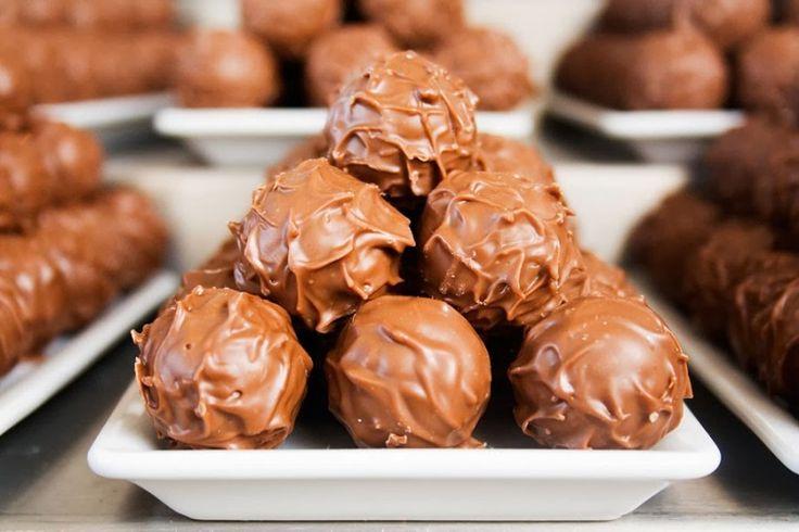 "LINE BOTWIN ""Miammm"" Boules de chocolat"