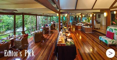 Silky Oaks Lodge Treehouse Restaurant.