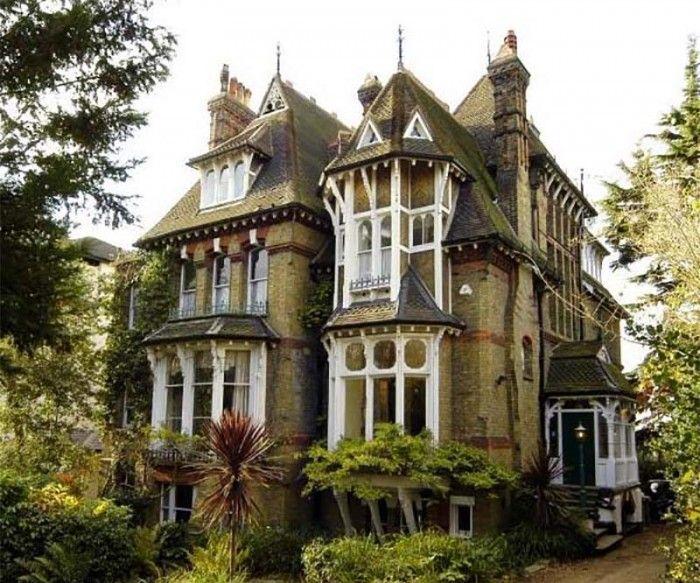 "bluepueblo: "" Victorian, London, England photo via gary """