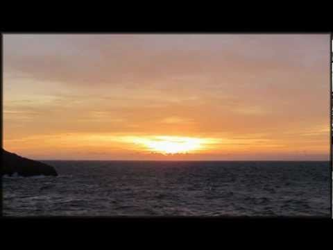 Poema de los átomos ~ Rumi - YouTube