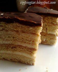 Ezt a süteményt két különbözúő krémmel is el lehet készíteni. Összefolyt már a mézes krémes és a mézes zserbó fogalma, ha m...