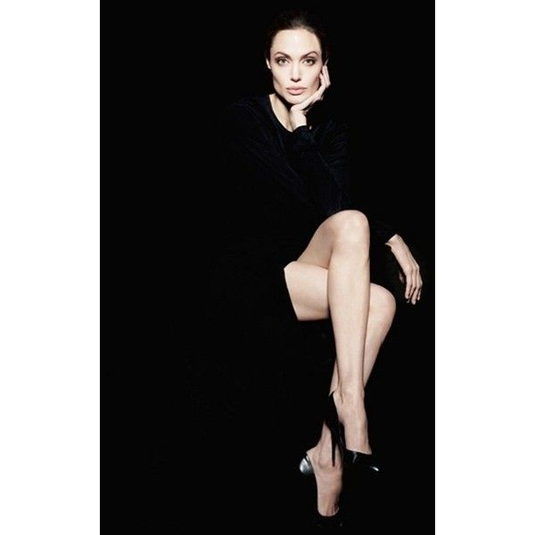 CELEBRITY STYLE REWIND Angelina Jolie for Newsweek, December 2011 by... ❤ liked on Polyvore featuring angelina jolie, models y pictures