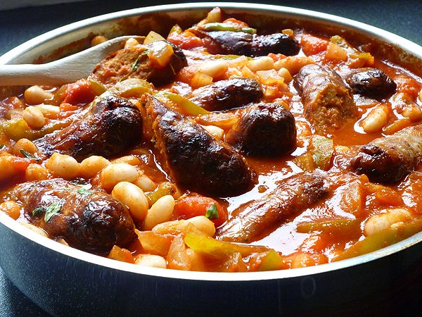 Italian Sausage & Cannellini Bean Casserole (passata - buy at Whole Foods - tomato puree w/no seeds). abbescookingantics.blogspot.co.uk