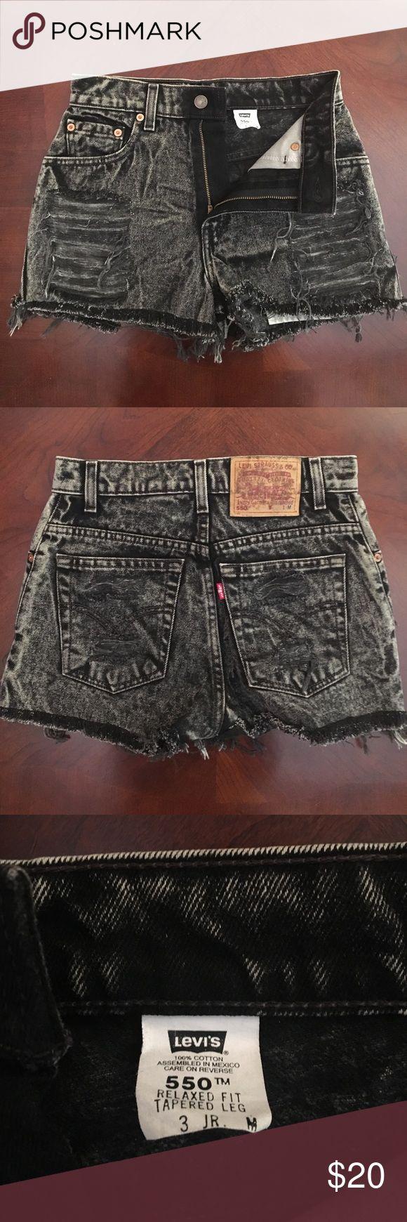 Levi's 550 jean short jr 3 M Levi's black jean short Levi's Shorts Jean Shorts
