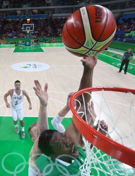 #RIO2016 An overview shows Nigeria's power forward Ike Diogu scoring during a Men's round Group B basketball match between Lithuania and Nigeria at the...