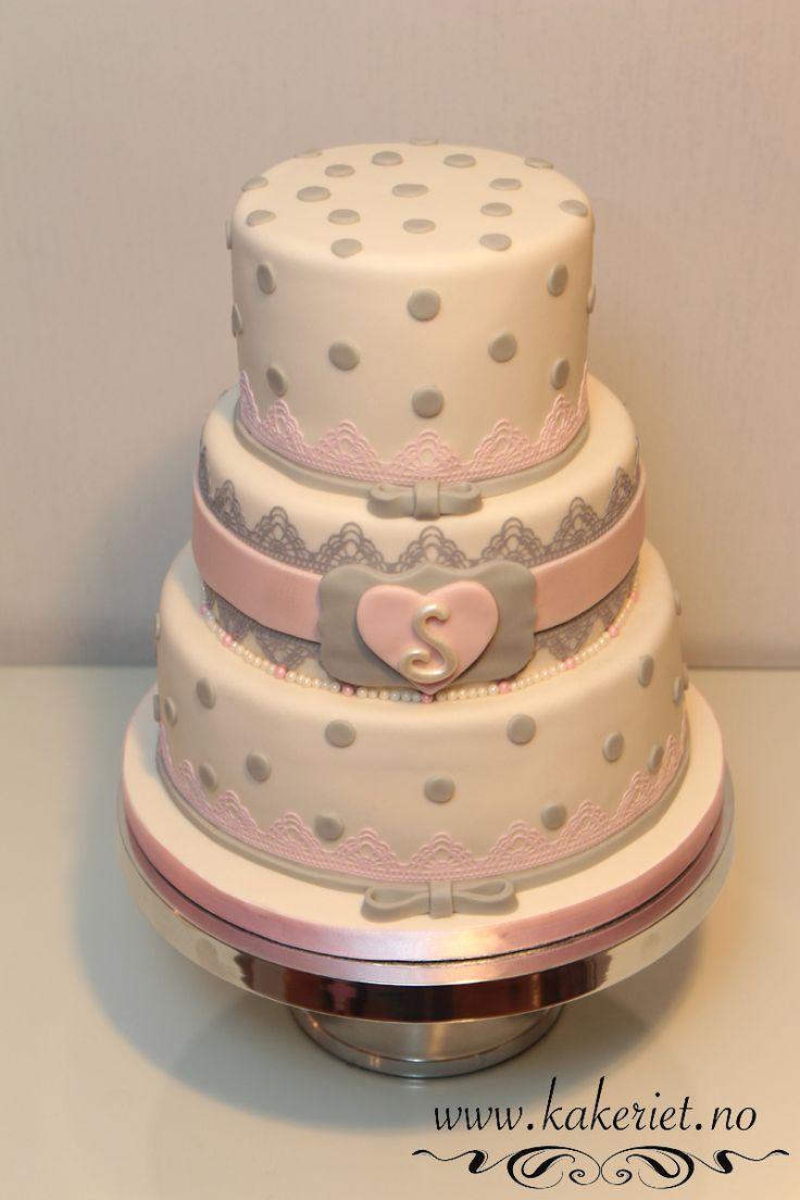Girl christening cake,pink and grey. Dåpskake jente rosa og grå :) www.kakeriet.no