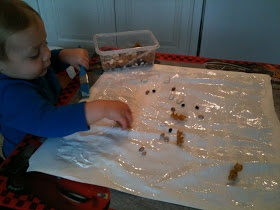 Play Create Explore: Messy Learning