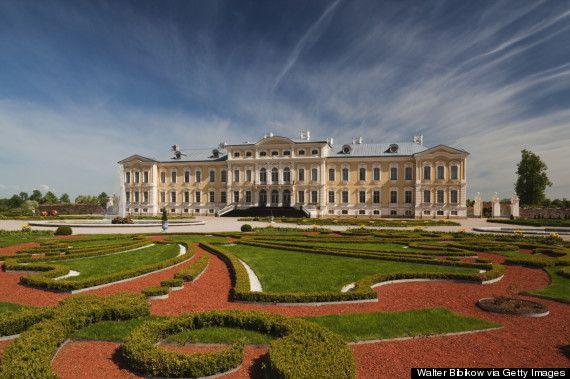 Rundāle Palace looks like it's straight out of a fairytale