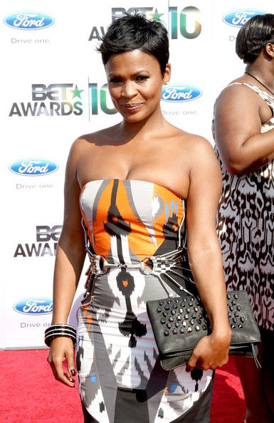 More Angles of Nia Long Pixie - StyleBistro