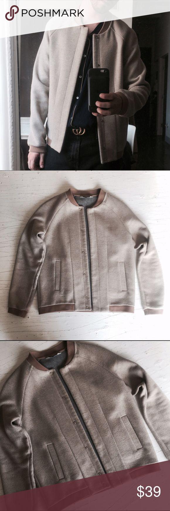 Zara Wool Bomber Jacket Cream Work only twice // High quality Zara wool structured bomber jacket in light cream color. Zara Jackets & Coats Bomber & Varsity